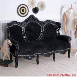 Luxusní pohovka v černé barvě
