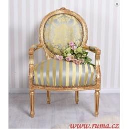Luxusní židle v zelené barvě