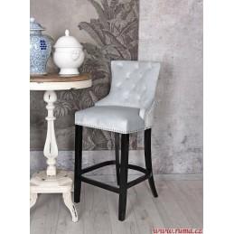 Barová židle v světle modré...