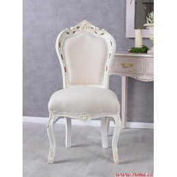 Židle v bílé barvě