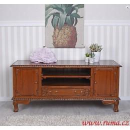Dřevěný televizní stolek