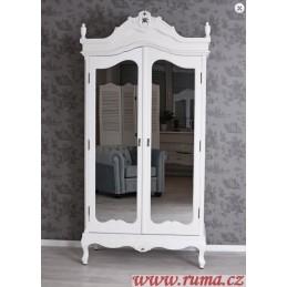 Šatní skříň se zrcadlem