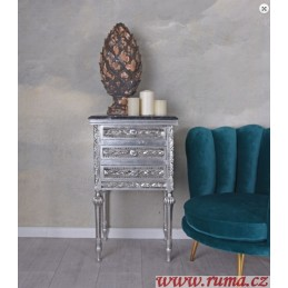 Komoda v stříbrné barvě