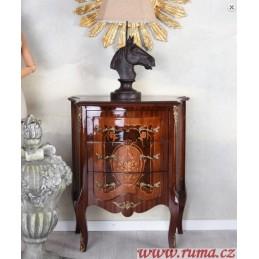 Noční stolek v barokním stylu