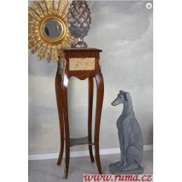 Odkládací stolek na květiny