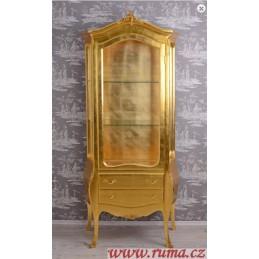 Luxusní vitrína v zlaté barve